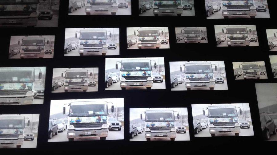 35 x 35, Una instalación democráctica. Obra exhibida en MUNTREF, Centro Arte Contemporáneo.