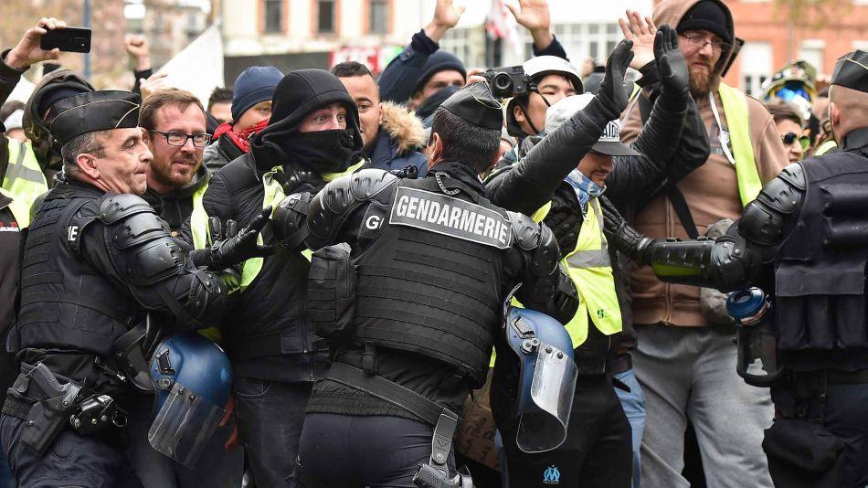Manifestaciones-francia-08122018