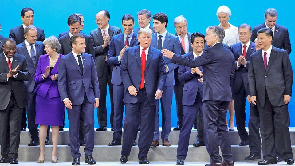 Mujeres en el G20. Con la ausencia de Merkel en la foto oficial, la presencia femenina se reduce a May y Lagarde.