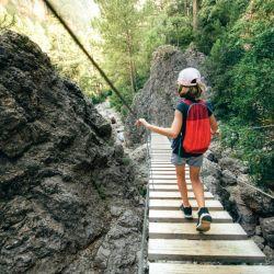 El país ibérico cuenta con hermosos paisajes naturales que se pueden disfrutar a través de excelentes rutas de senderismo.
