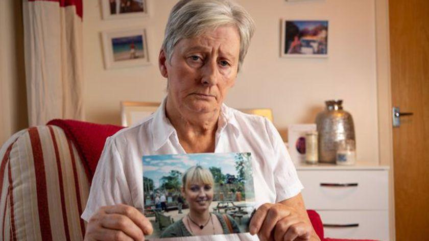 Su hija murió y le devolvieron el cuerpo sin ojos ni órganos