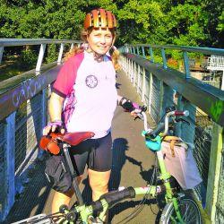 Una experimentada pareja partió desde Londres para recorrer las ciclovías del Reino Unido. Por qué eligieron este tipo de bicis.