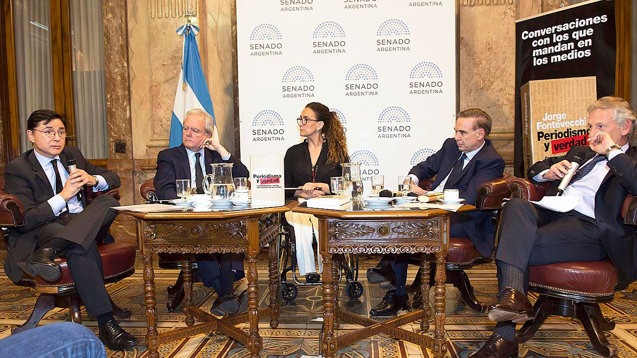 """Riesgos. Durante el debate, Marcelo Longobardi resaltó la existencia de un """"autoritarismo digital"""", un combo tecnológico que les da poderes casi infinitos a los gobiernos y amenaza la democracia y la libertad individual."""
