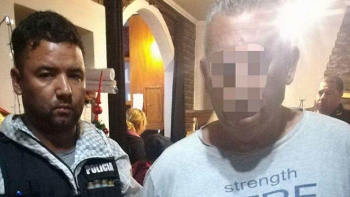 Councillor of Florencio Varela municipality Daniel Zisuela (right) during his arrest on December 17, 2018.