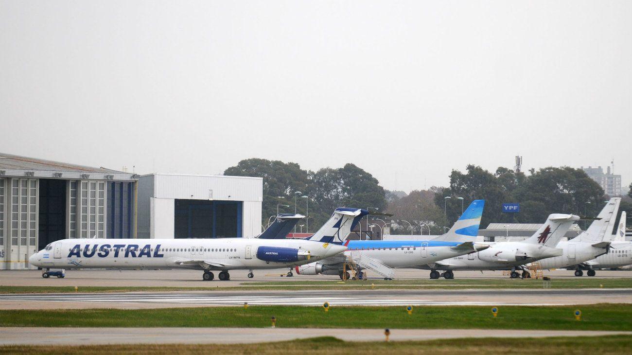Peligro en el aire: dos aviones casi chocan y apuntan a la falta de radares