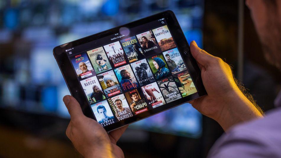 Netflix Awakens New Bear as Disney, AT&T Imperil Dominance (1)