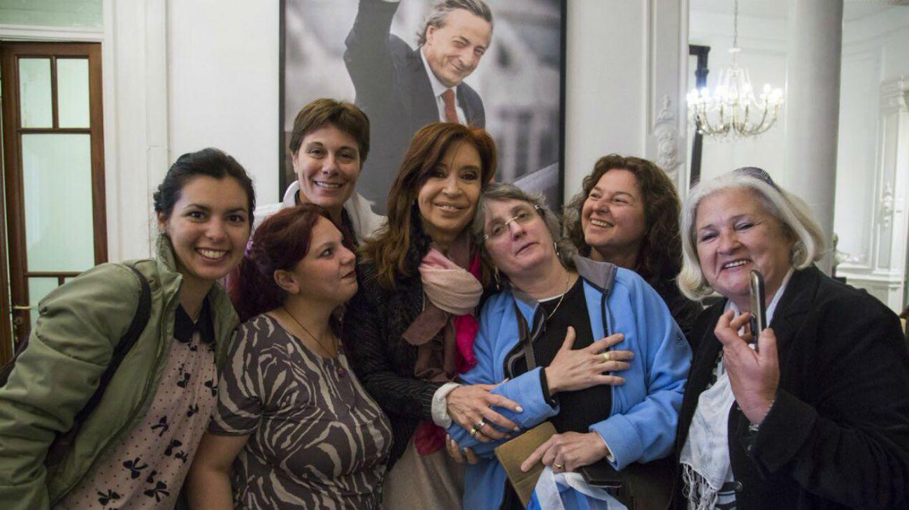 """El saludo navideño de Cristina Kirchner para los argentinos que """"la están pasando mal"""""""