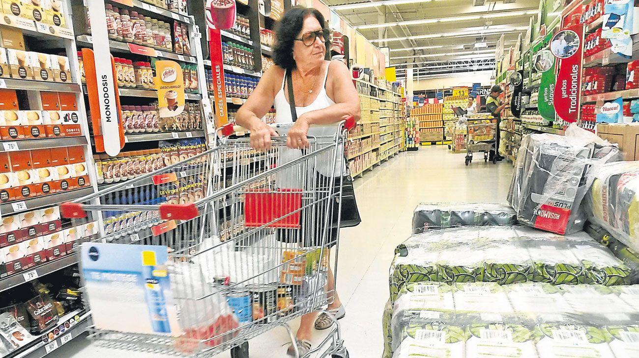 Por el costo de las tarifas vaticinan un primer trimestre negro para el consumo