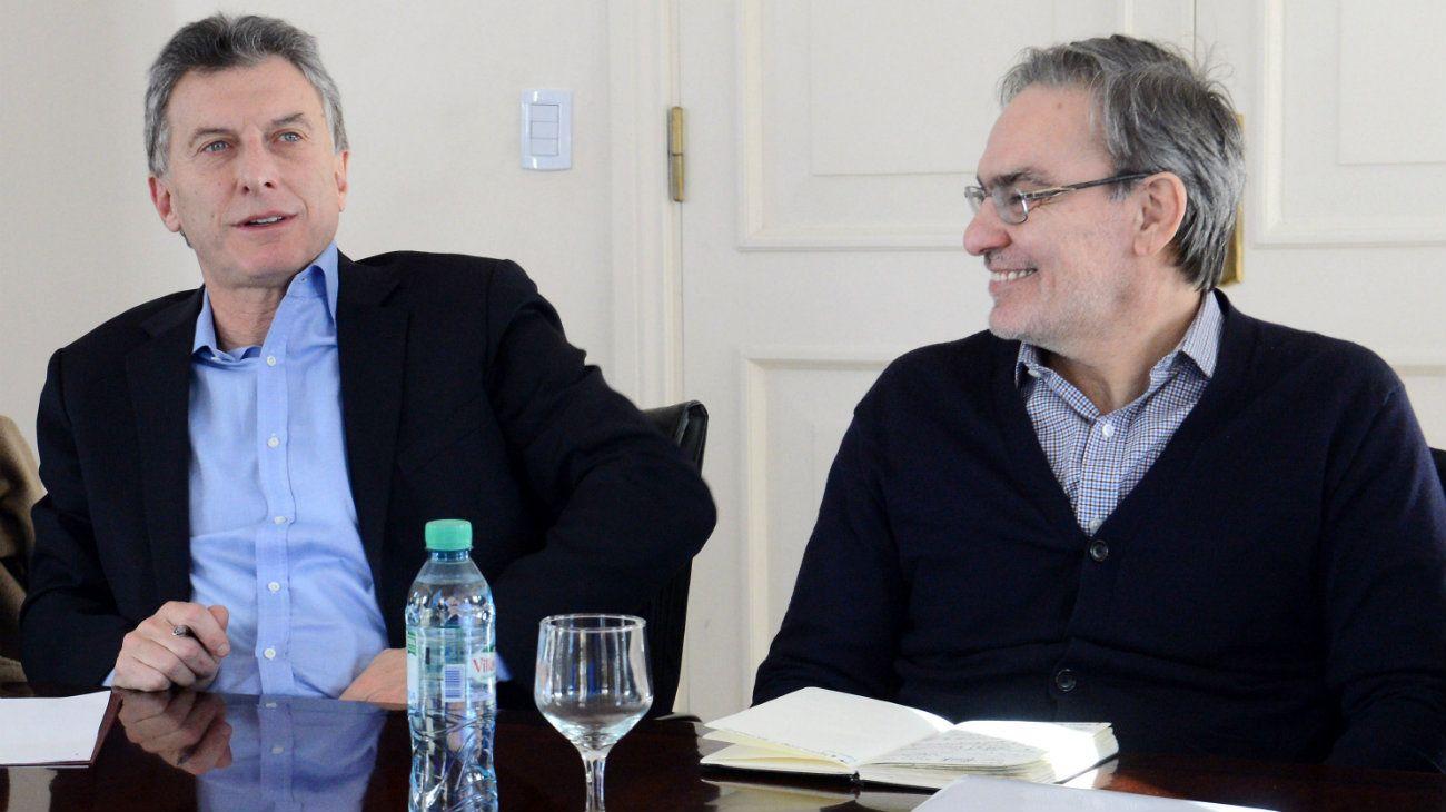 Con Dujovne y Lopetegui, Macri arma una mesa chica con petroleros