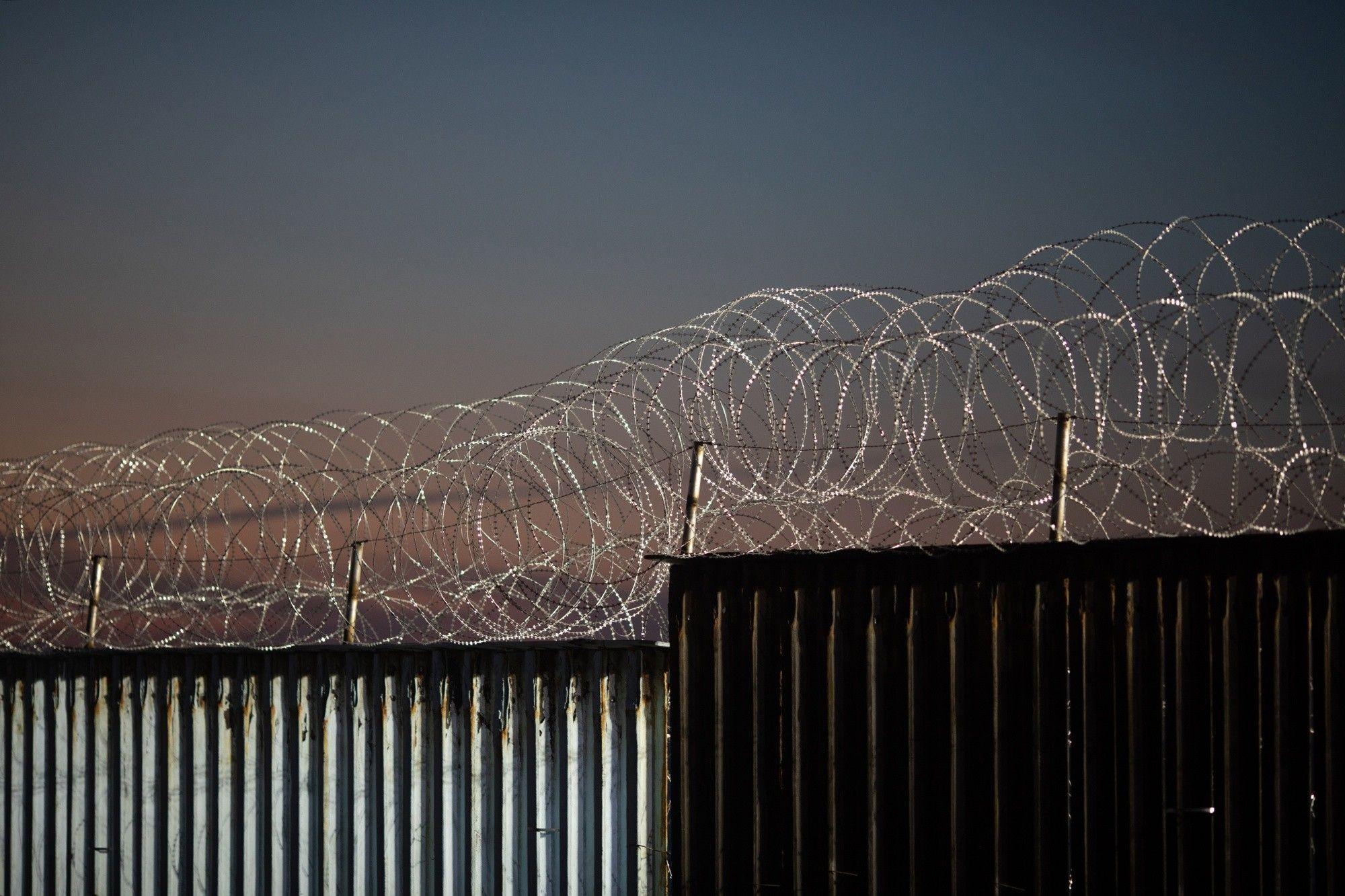 Continúa pelea de financiamiento: Trump no abandona el muro