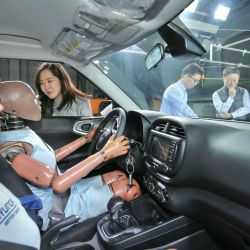 3-hmg-intorduces-worlds-first-multi-collision-airbag-system-1