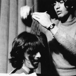 peluquero-beatles-1