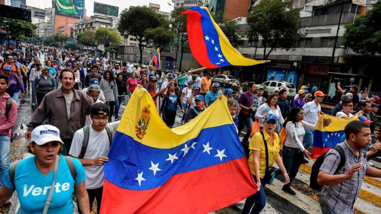 001-comenzo-la-marcha-opositora-en-venezuela-600660