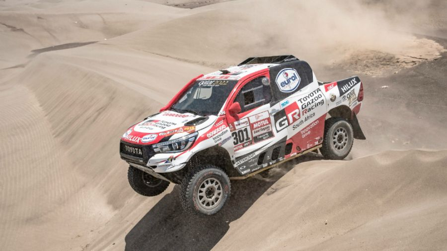 1-toyota-al-attiyah-foto-red-bull-content-pool