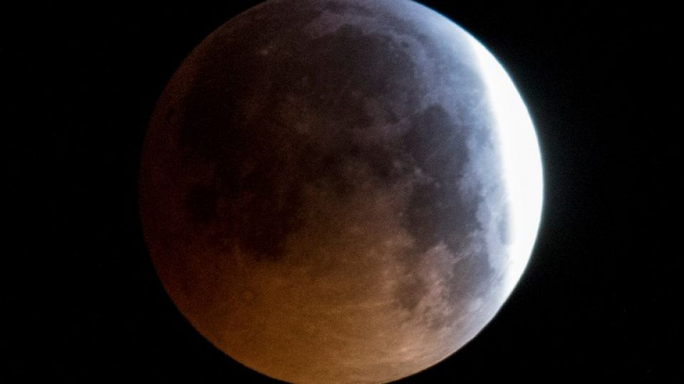 germany-astronomy-moon-eclipse
