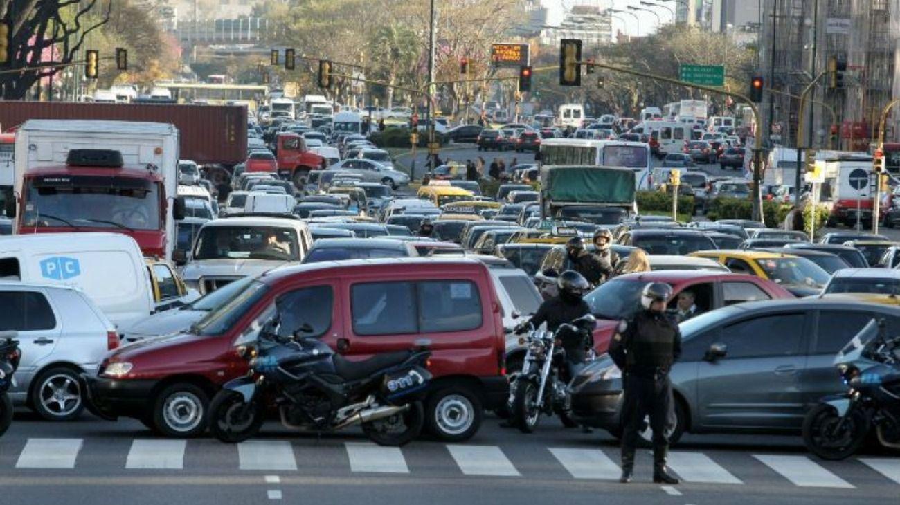 Hubo caos de tránsito en la Ciudad por las aperturas legislativas