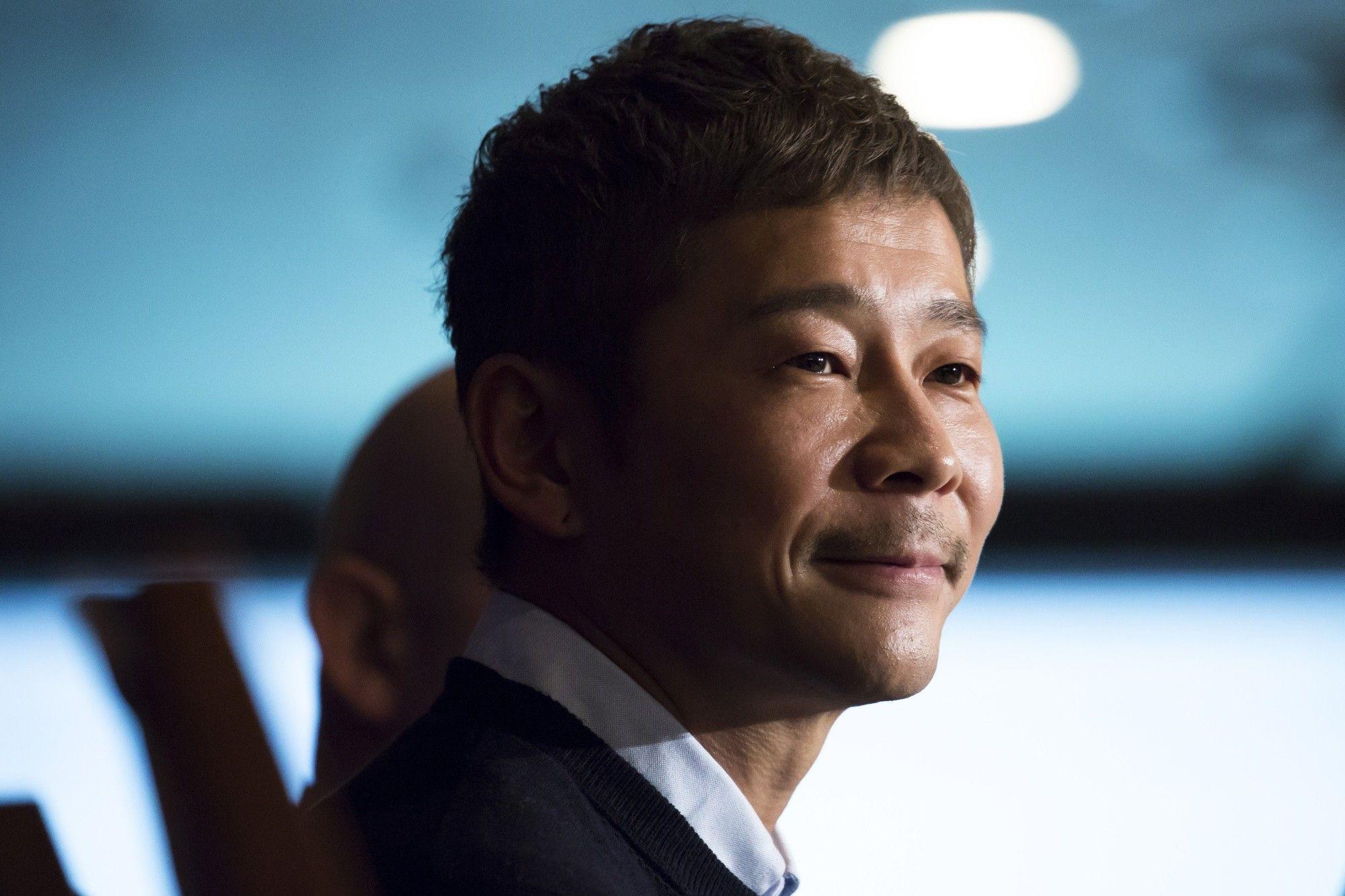 Un multimillonario japonés publicó el tuit más compartido de la historia