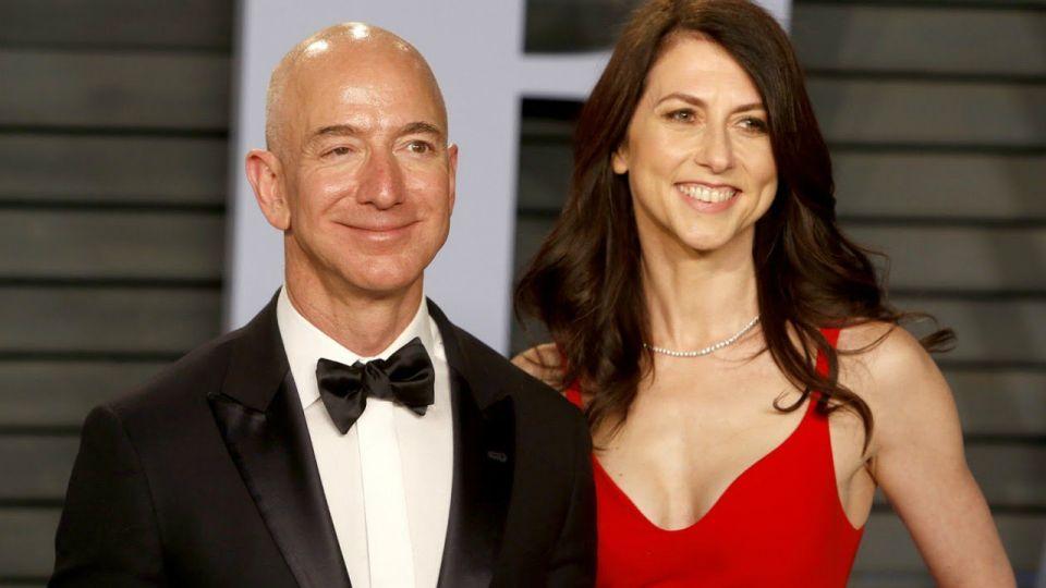 Jeff Bezos y MacKenzie S. Tuttle, en plan de divorcio.