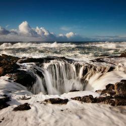 Está en la costa de Oregón, Estados Unidos, y pareciera que se traga el mar. Es un atractivo irresistible para los amantes de la fotografía.