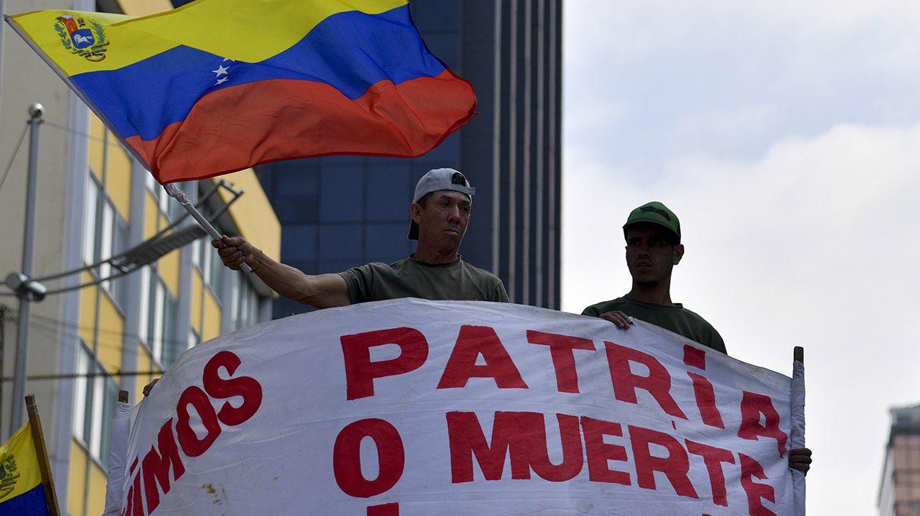 Venezuela dividida entre el presidente Nicolás Maduro y la opositora Asamblea Nacional.