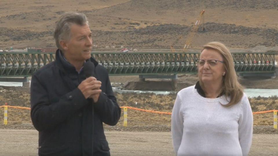Macri visitó por primera vez Santa Cruz y participó de un acto junto a la gobernadora Alicia Kirchner.
