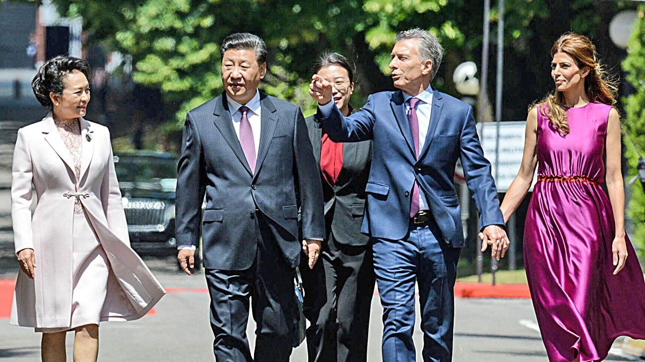 "Con Xi Jinping. Mauricio Macri desarrolló una intensa ""diplomacia presidencial""."