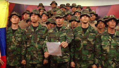 Militares venezolanos en Perú