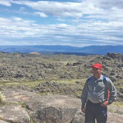 Entre Olta, Tama y Chamical, la Quebrada de los Cóndores propone paisajes fértiles, historia, cabalgatas y el encuentro con las grandes aves.