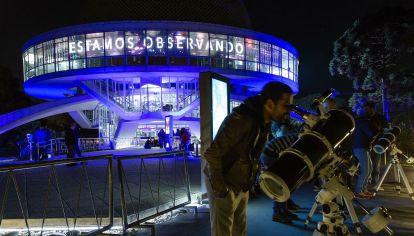 El Planetario porteño será cita obligada para disfrutar del eclipse.