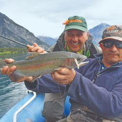 Las orillas de Reta ofrecieron nutridas especies. La experiencia se completó a bordo de kayaks a metros de la costa.