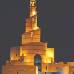 Vida de jeque árabe por unos días en lujosos hoteles y escapadas al desierto, entre arquitectura de vanguardia diseñada por starchitects. Cómo es vivir en este lugar.