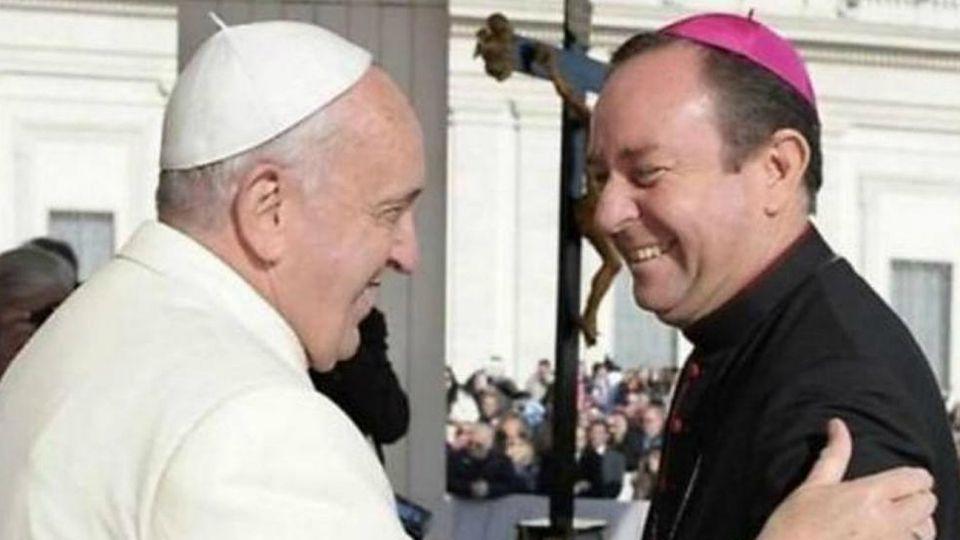 """Tras aceptar la renuncia de Zanchetta el 1 de agosto de 2017, Francisco en diciembre de ese año lo designó al nuevo cargo de """"asesor"""" de la oficina de gerencia financiera del Vaticano, la APSA."""