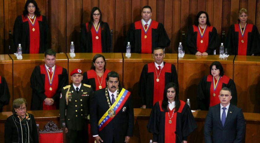 Regresan a Venezuela dos jefas diplomáticas tras ruptura de relación con EEUU