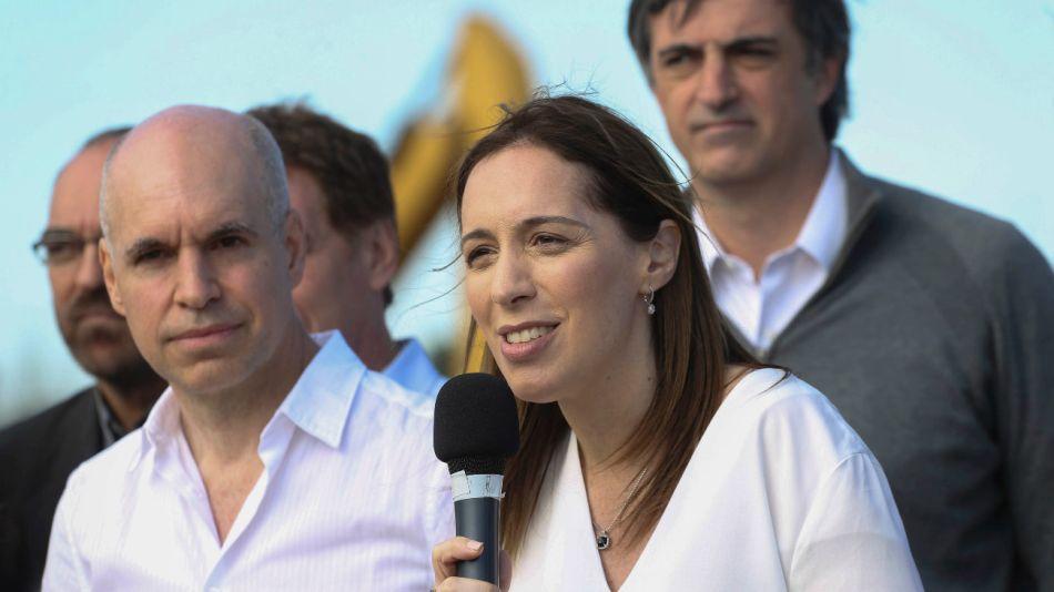 La gobernadora bonaerense, María Eugenia Vidal, junto al jefe de Gobierno porteño, Horacio Rodríguez Larreta.