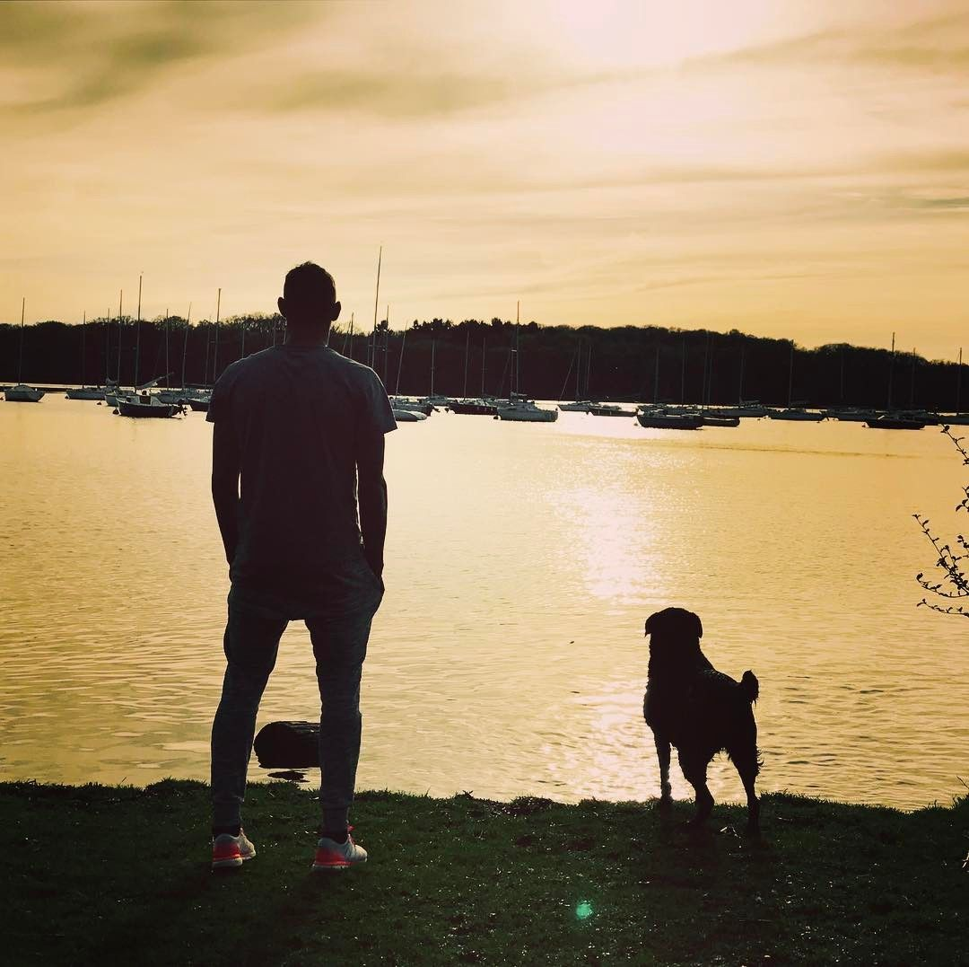 Emiliano Sala junto a su mascota, Nala.