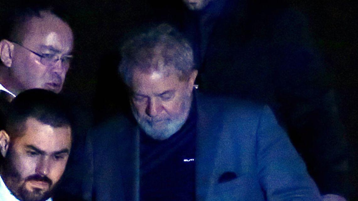 Former president Luiz Inácio Lula da Silva is transferred to a jail in Curitbia