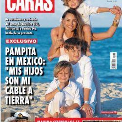 Pampita y sus fotos más hot en México