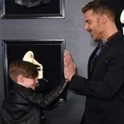 Ricky Martin fue a los Grammys con uno de sus hijos.