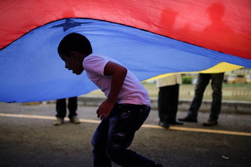 El Vaticano pide a Guaidó una solución pacífica para Venezuela