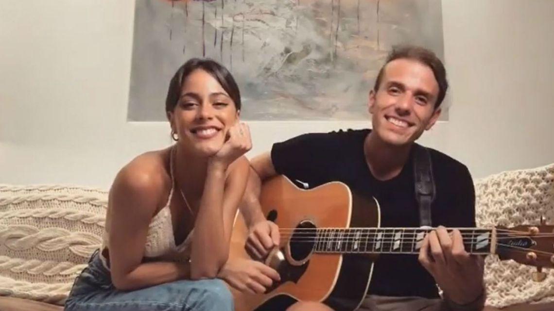 Tini le dedicó una canción a los haters y Lali la apoyó