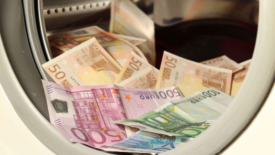 El lavado de dinero preocupa a la Unión Europea.