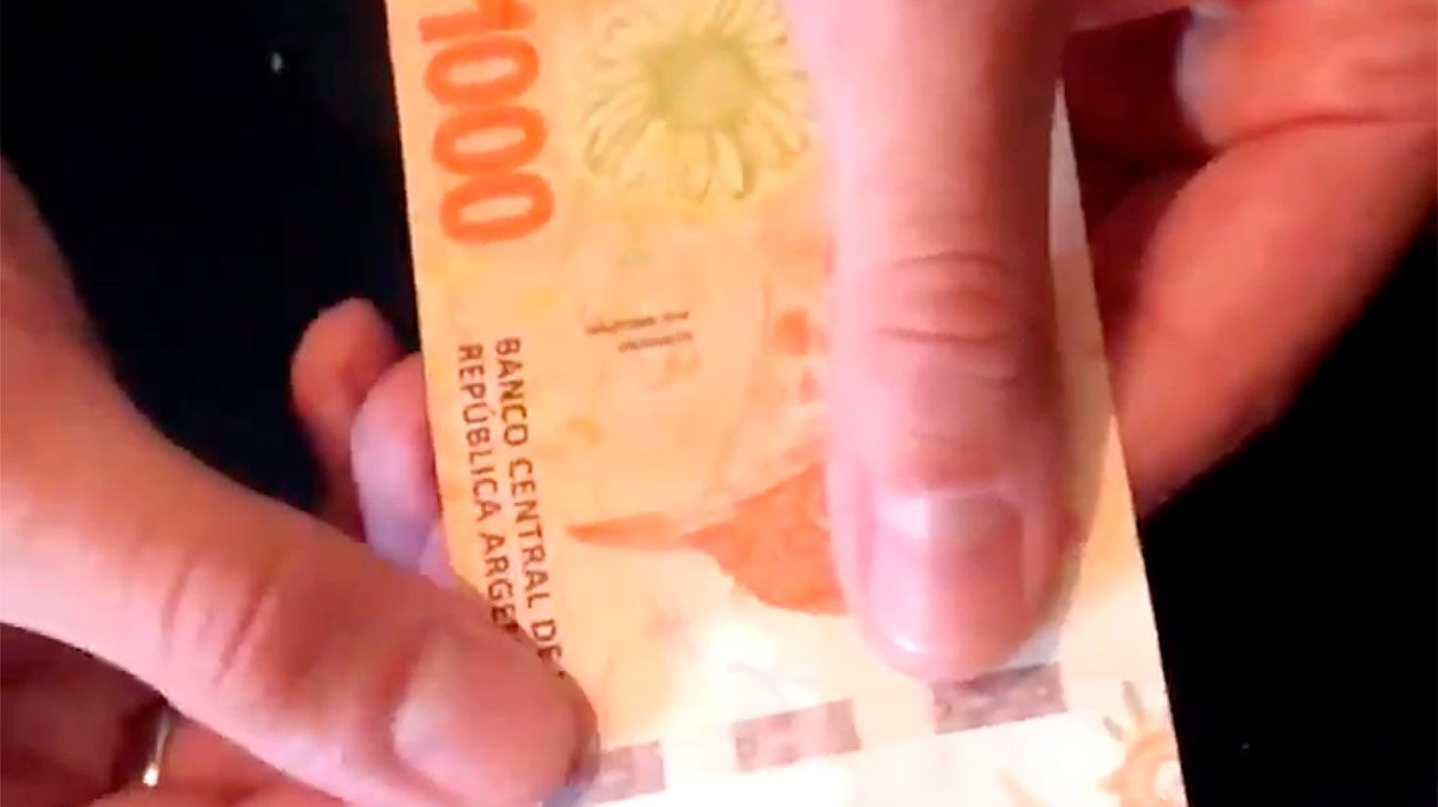Video | Cuáles son las medidas de seguridad del billete de 1000 pesos