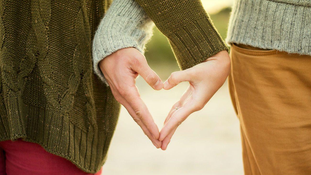 El amor mejora el estado de ánimo y combate la depresión.