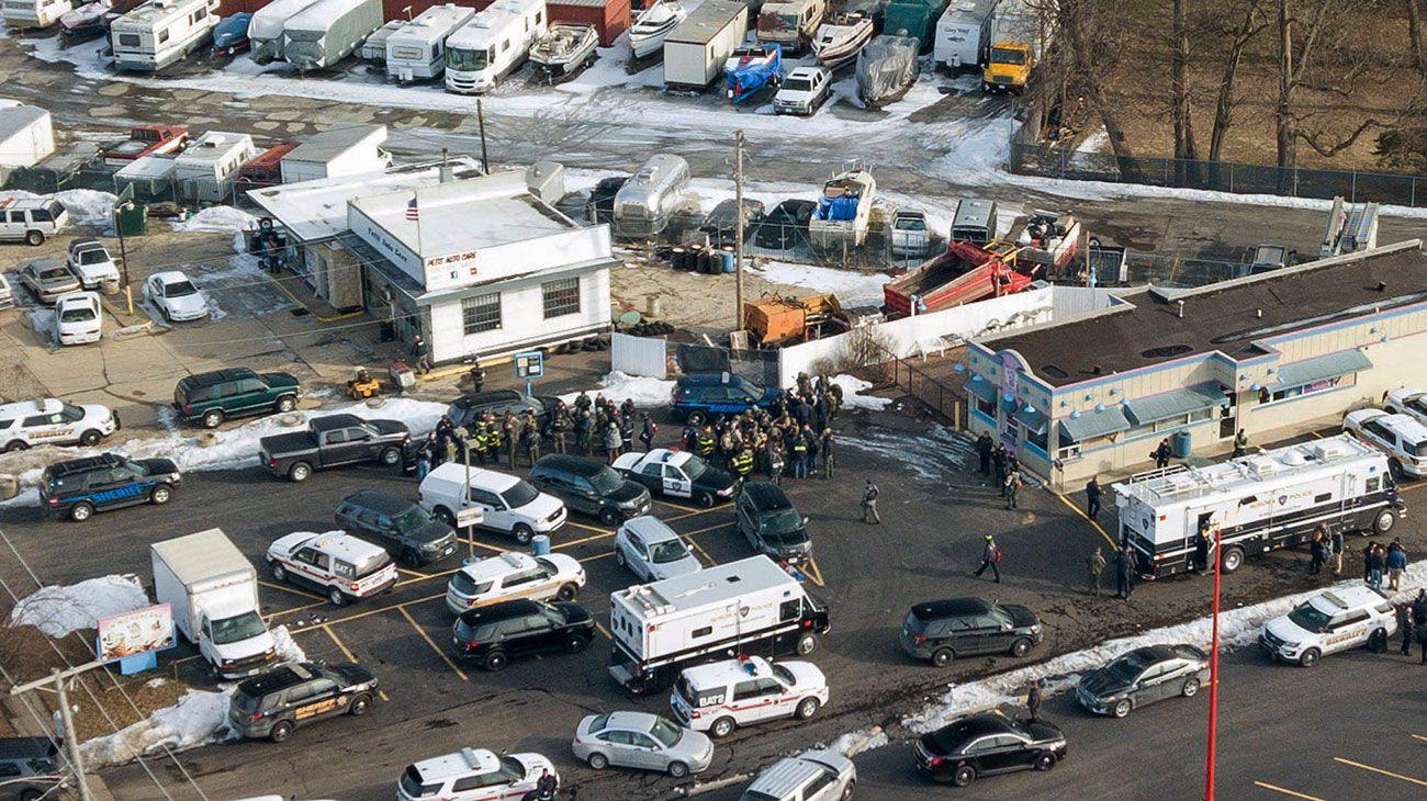 Tiroteo en Chicago dejó varios heridos: el agresor está muerto