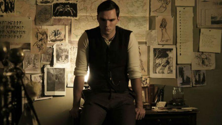0215 Nicholas Hoult Tolkien