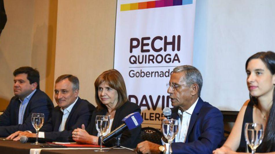 Bullrich, haciendo campaña por Pechi Quiroga en Neuquén.
