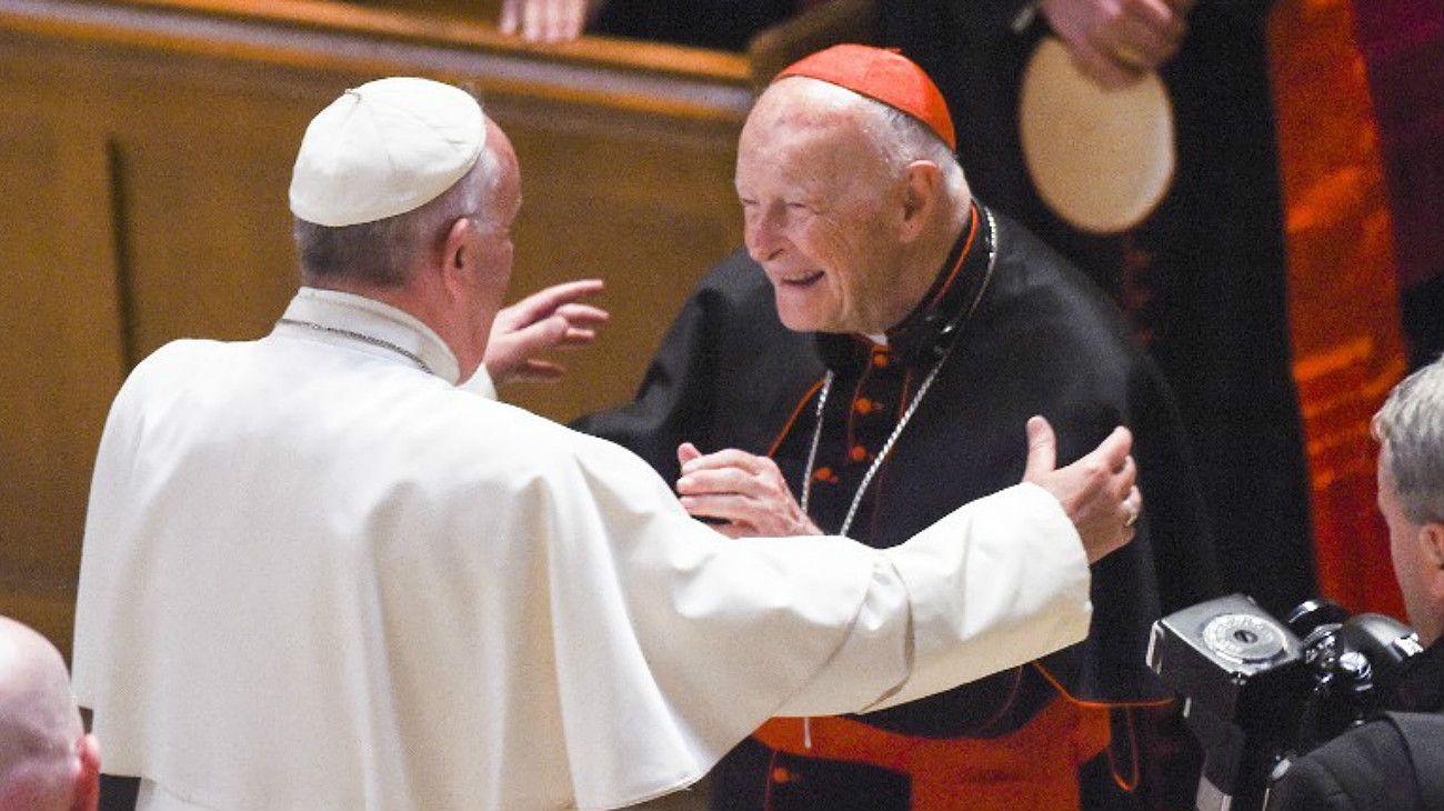 Abusos sexuales: Francisco oficializó la expulsión del sacerdocio del cardenal McCarrick