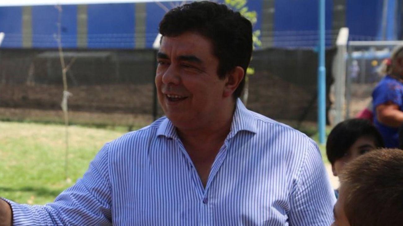 El diputado y presidente del Congreso del PJ Bonaerense, Fernando Esponiza, aseguró que esta semana se reunirán desde diferentes sectores para sellar la unidad del peronismo y hacerle frente a Macri y a Vidal.