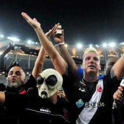 Mientras Mauro Icardi pierde la capitanía del Inter, Maxi López celebra el triunfo del campeonato brasileño