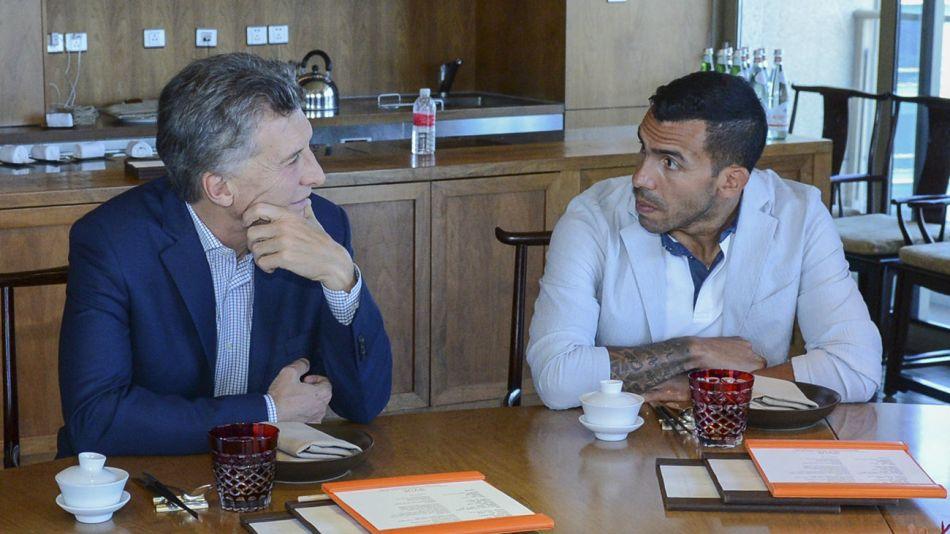 Mauricio Macri y Carlos Tevez